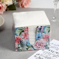 Салфетка бумаж 24*24см 100шт ЛИЛИЯ в коробке 1слойные, белый Парадиз